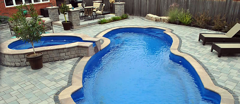 Dolphin_Fiberglass_Pool